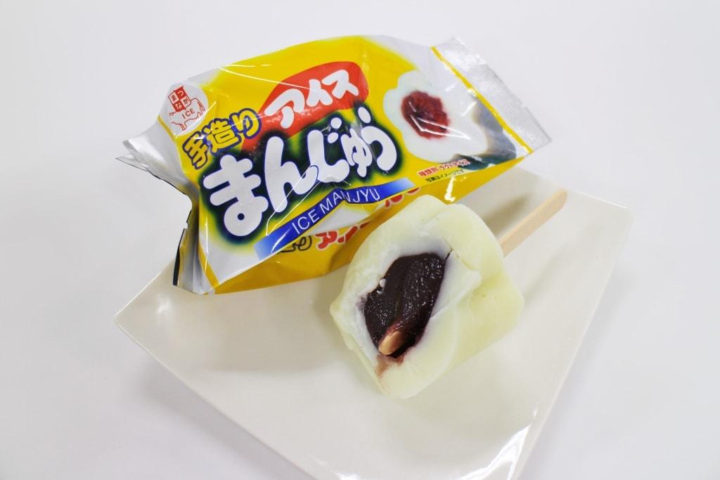 アイスまんじゅう(140円)
